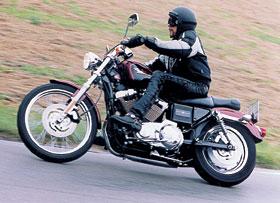 Harley-Davidson XL 1200 C Custom