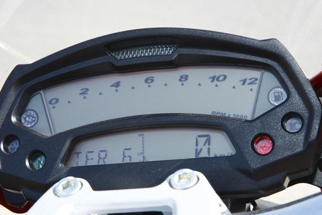 Ducati Monster 696 Modell 2010 Cockpit