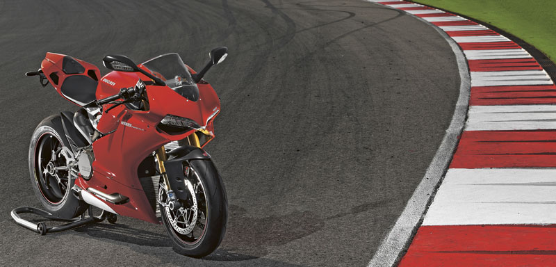 Ducati 1199 Panigale S im Revier
