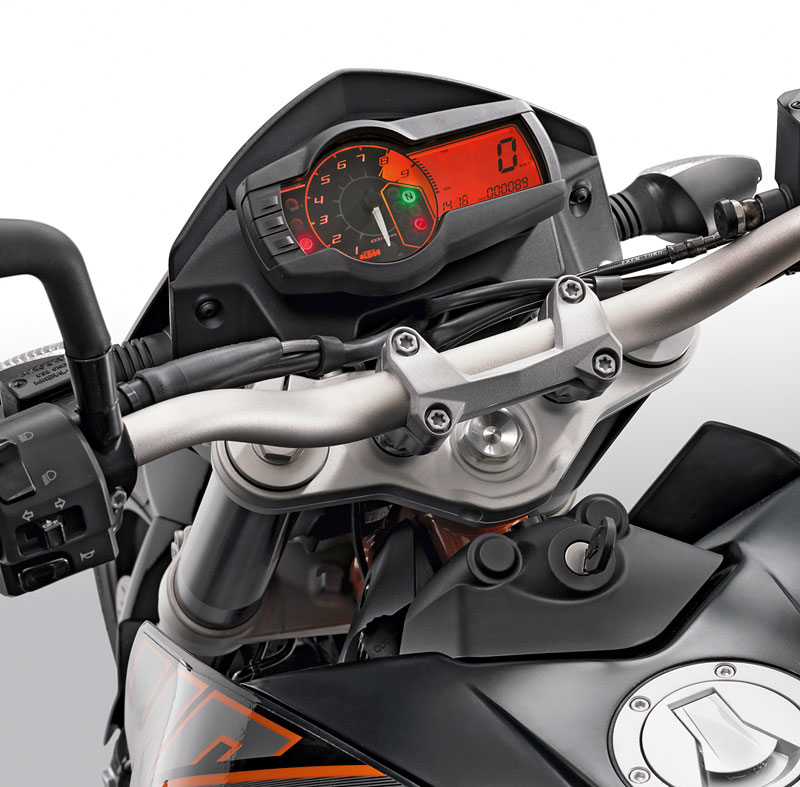 KTM 690 Duke Modell 2012 Cockpit
