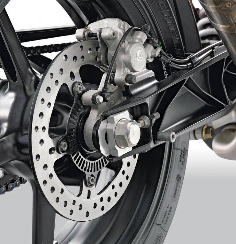 KTM 690 Duke Modell 2012 Schwinge