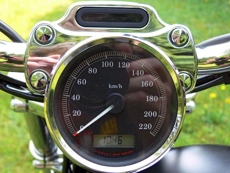 Harley-Davidson Sportster 883 Tacho