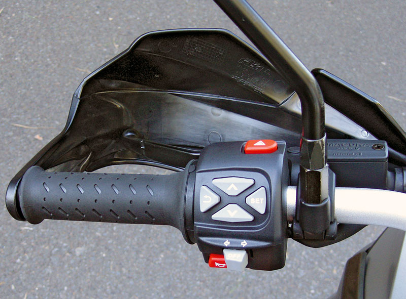 KTM 1190 Adventure Steuerkreuz