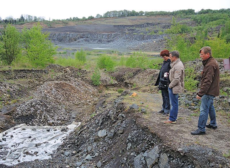 Ausgrabung-Fossilien-Stoeffel-Park