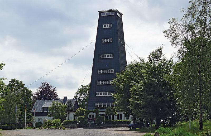 Rhein-Weser-Turm-auf-dem-Westerberg