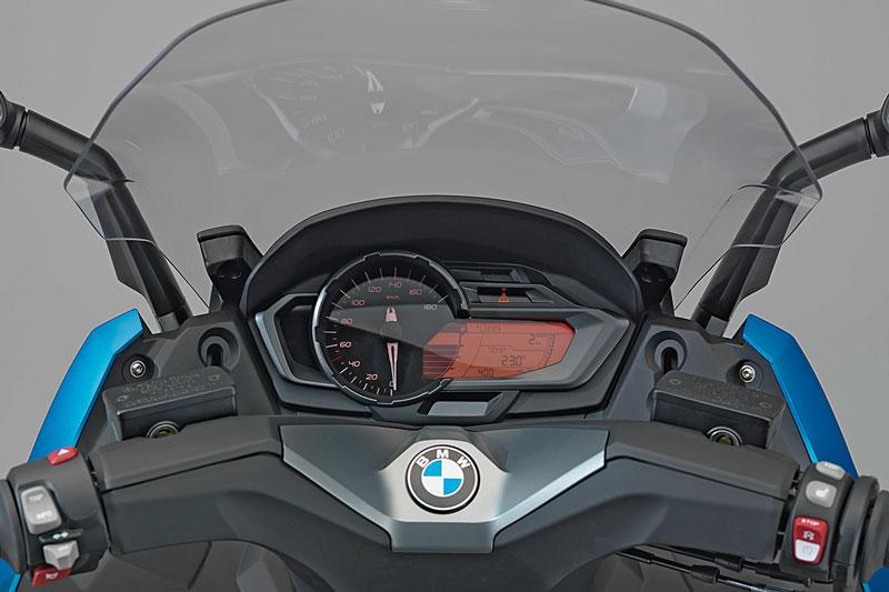 Cockpit-BMW-C600-Sport