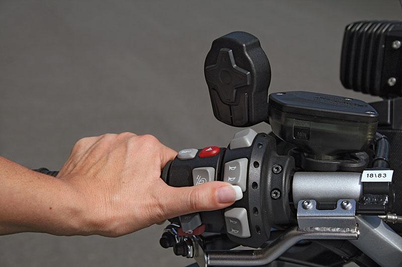 BMW R 900 RT Polizei Armatur links