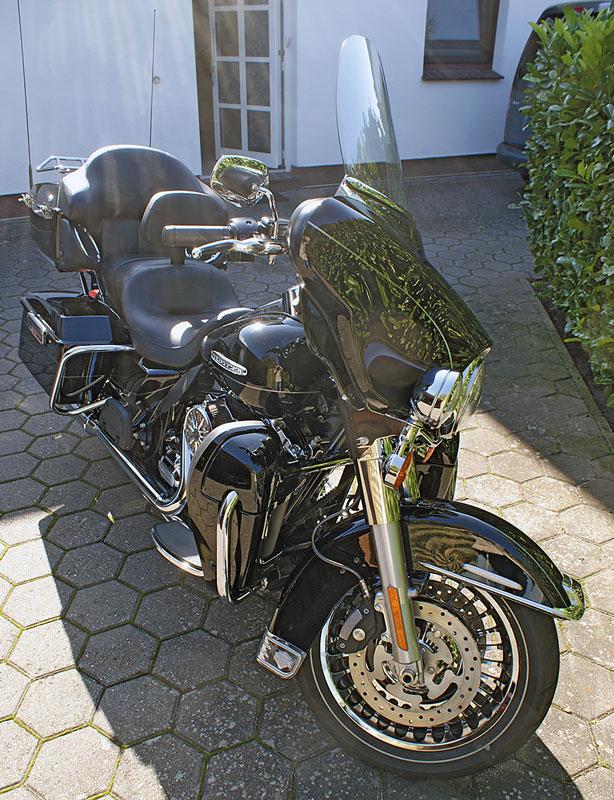 Harley Davidson Electra Glide Erfahrung Front