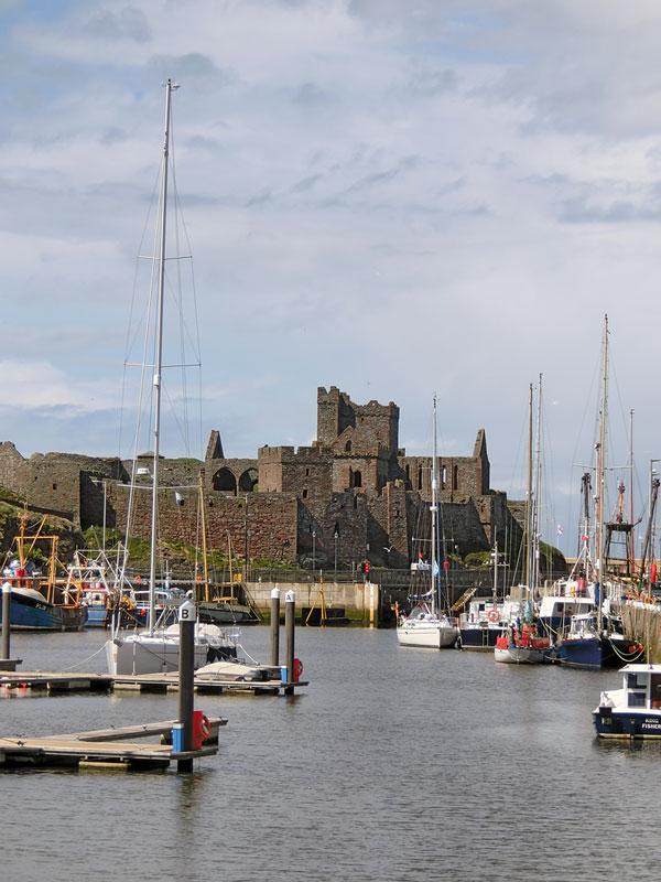 Fischereihafen in Peel und Castle