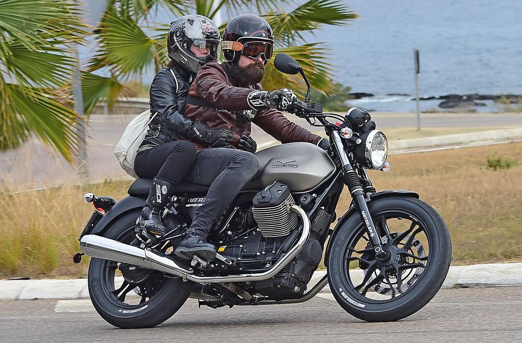 Moto Guzzi V7 II ABS Spezial Sozia