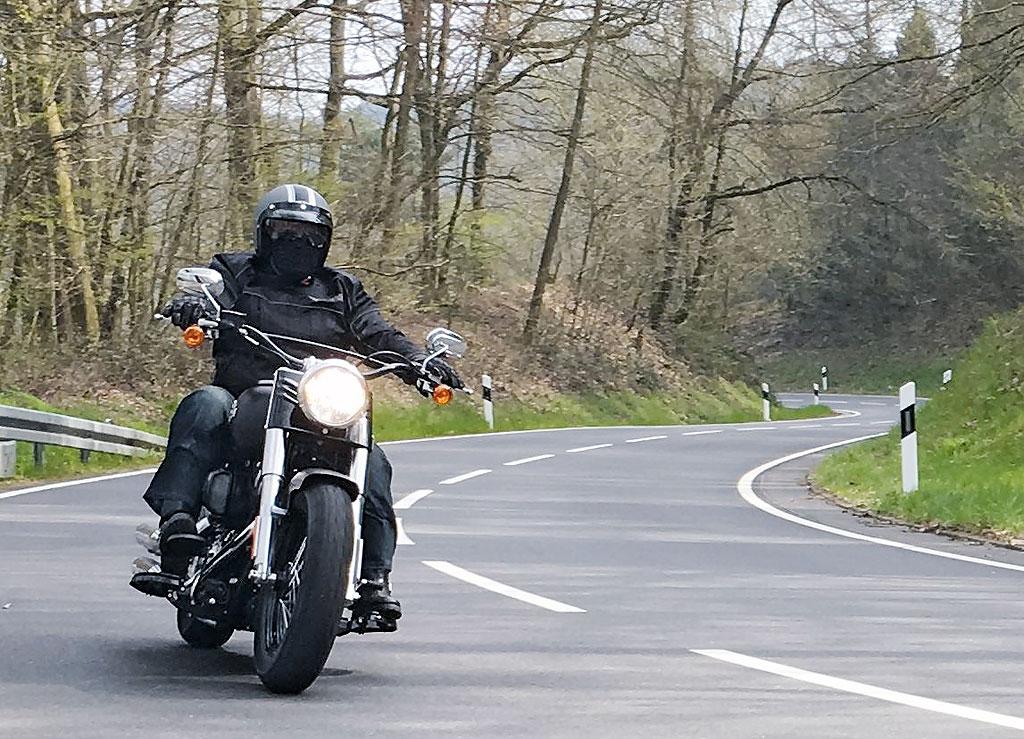 Front Harley Davidson Softail Slim 2016