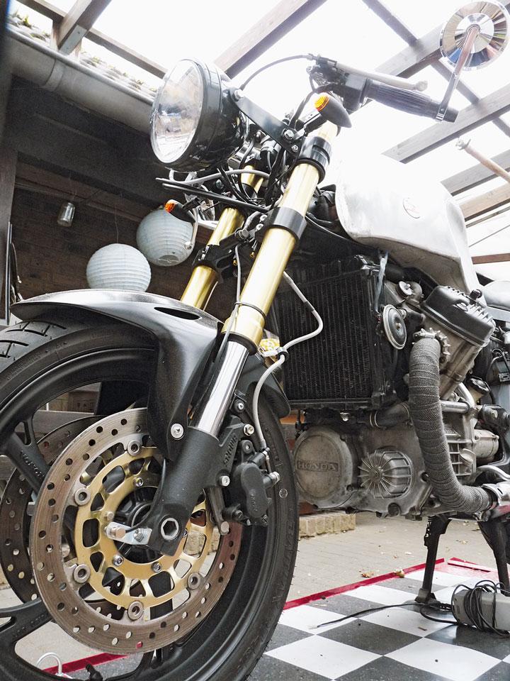 Honda CX500C Cafe Racer Gabel und Bremse