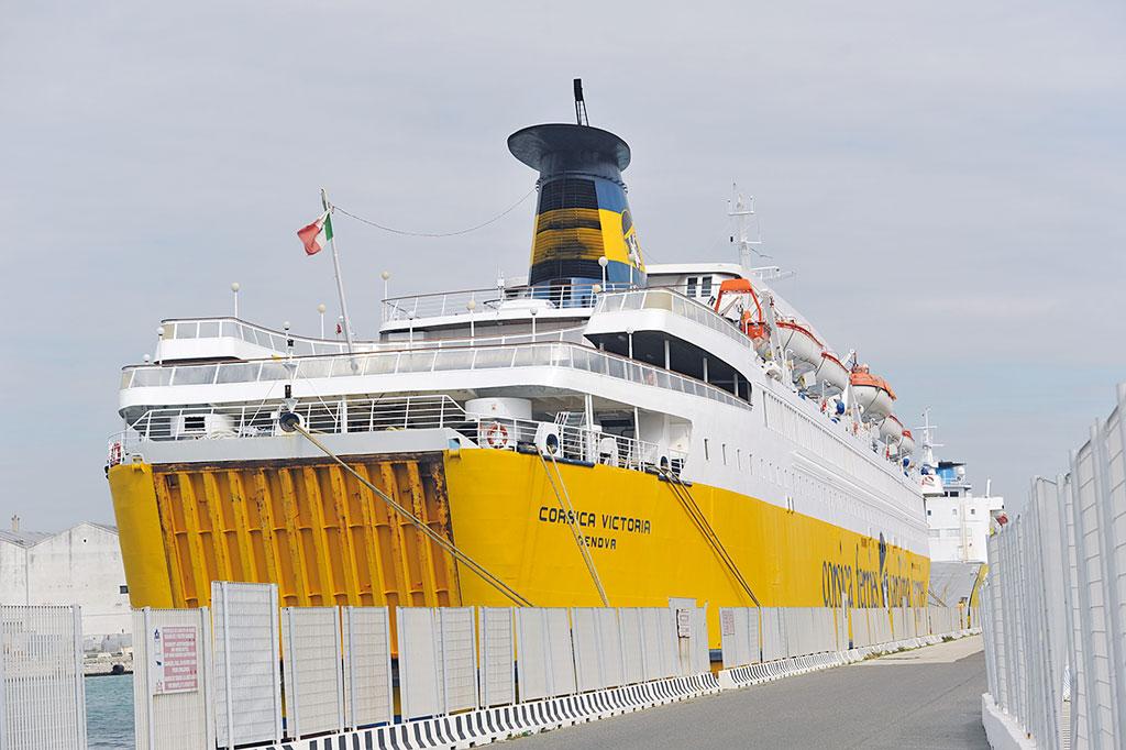 Endurotour Korsika Faehre ab Toulon