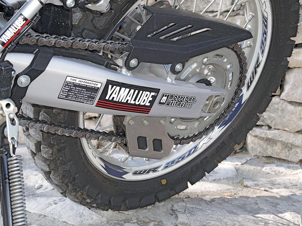 Yamaha WR250R stabiler Kettenradschutz