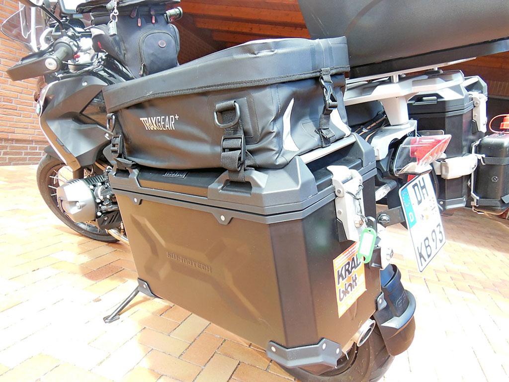Trax Koffer mit Tasche