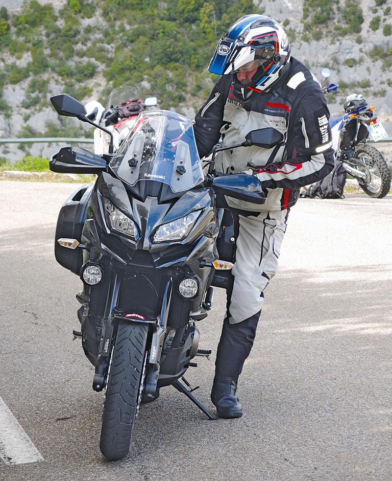 Kawasaki Versys 1000 Lange Beine helfen