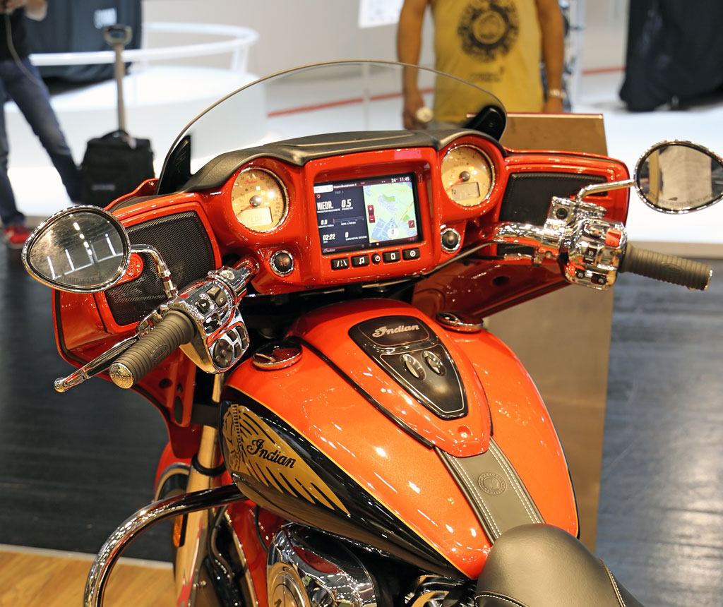Indian Chieftain Ride Command Infotainment System ab 2017