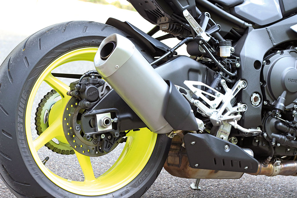 Yamaha MT10 Modell 2016 Auspuff