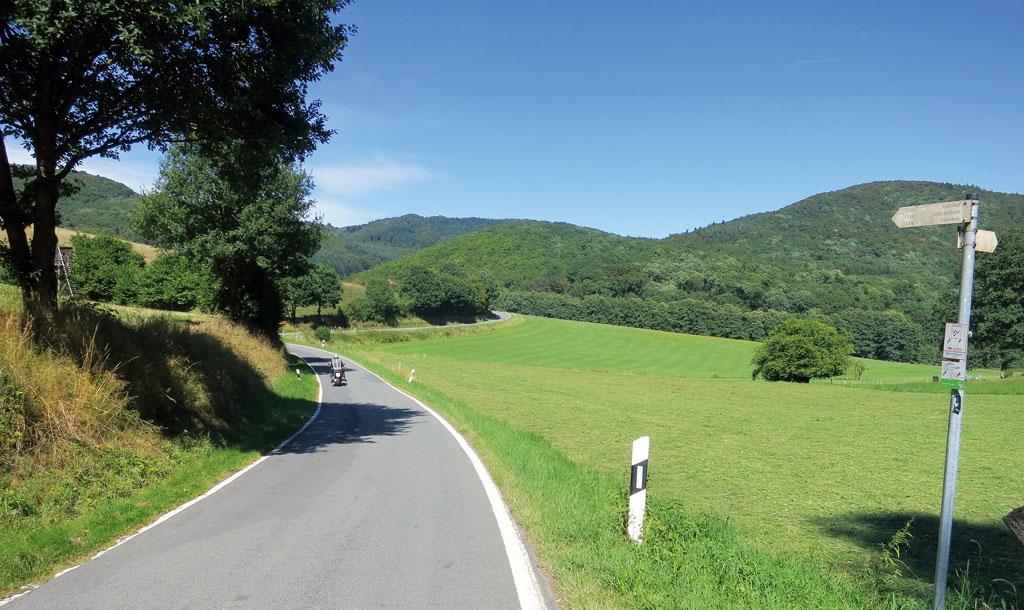Sanfte Hügel, schöne Strecken rund um Biedenkopf