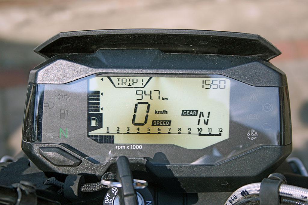 Cockpit - BMW G 310 R, Modell 2017