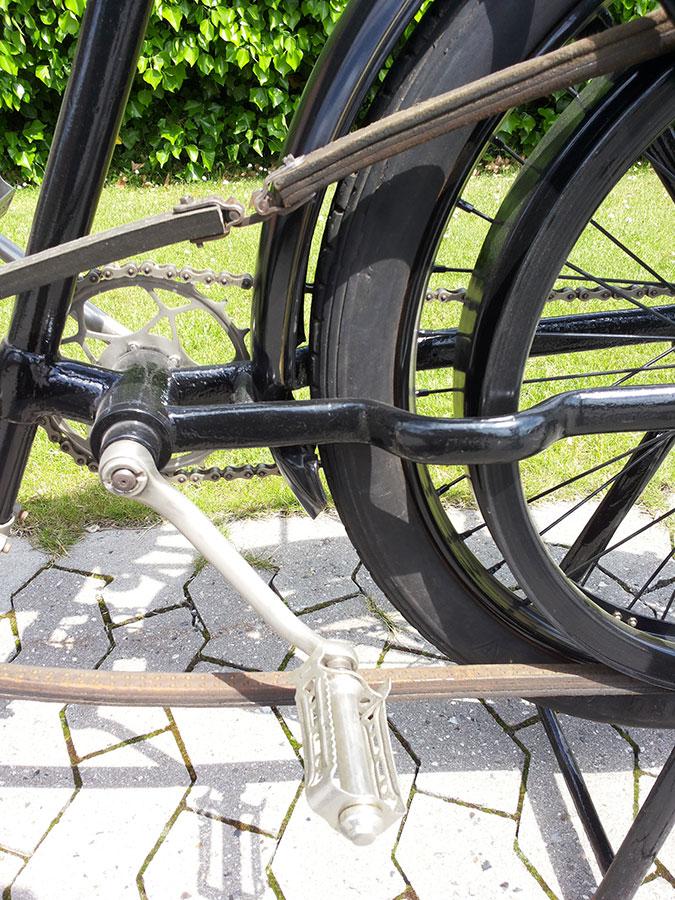 Riemen mit Schloss - Peugeot Motorrad Bj. 1904