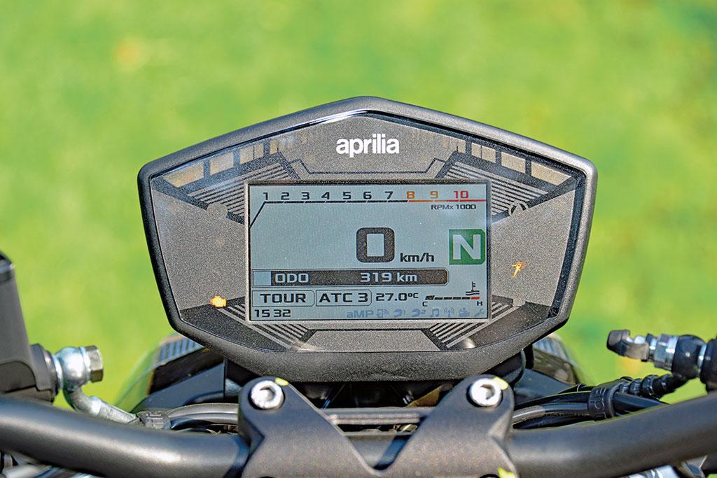 Cockpit - Aprilia Shiver 900, Modell 2018