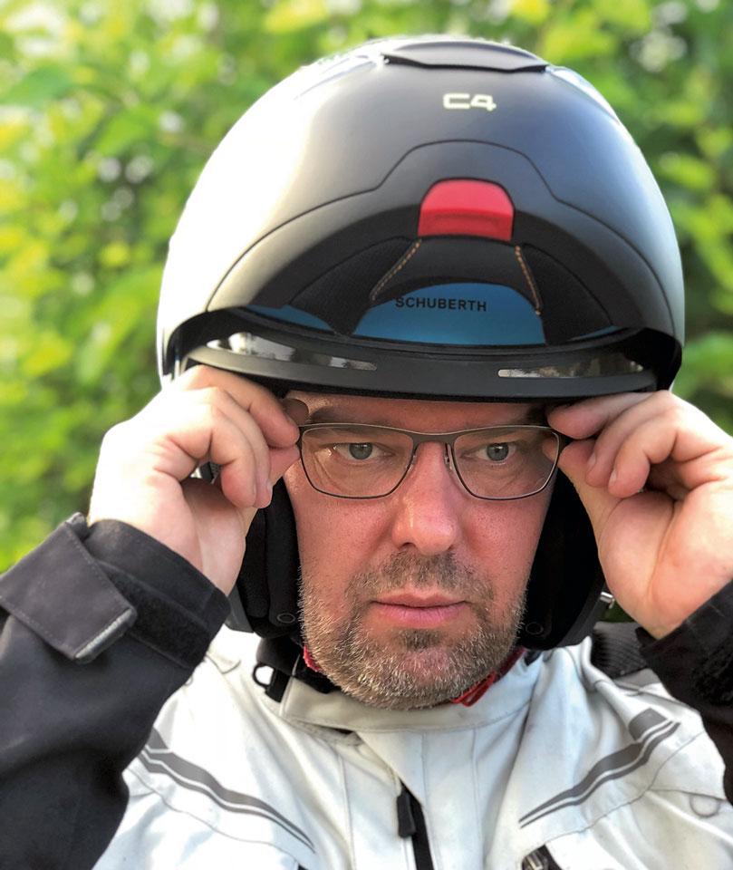 Schuberth C4 für Brillenträger