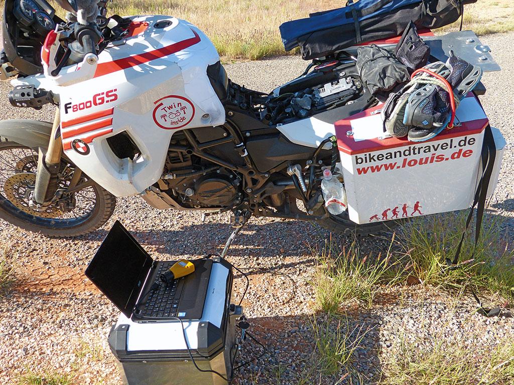 Fehlerspeicher auslesen auf Tour in Australien - www.bikeandtravel.de