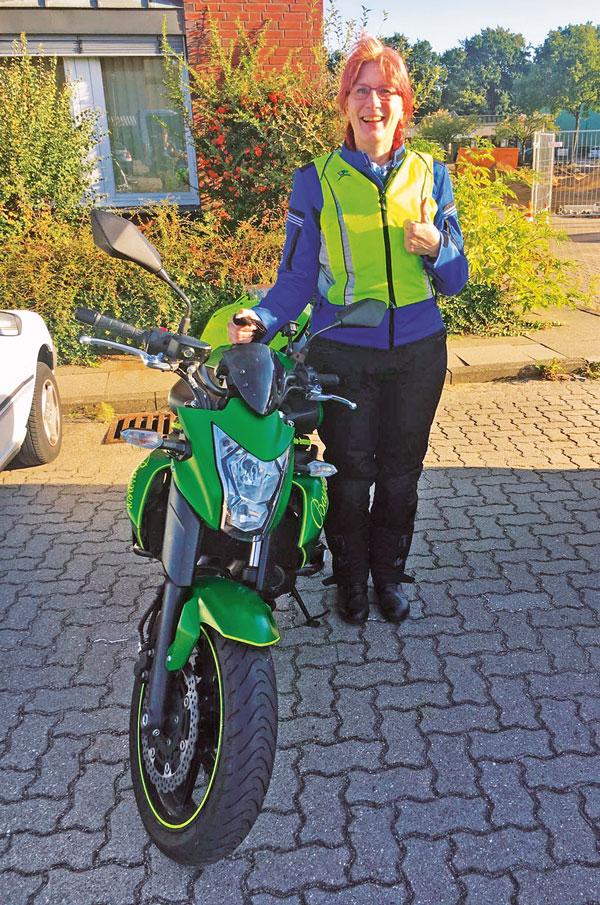 Geschafft - Irene hat den Motorrad-Führerschein