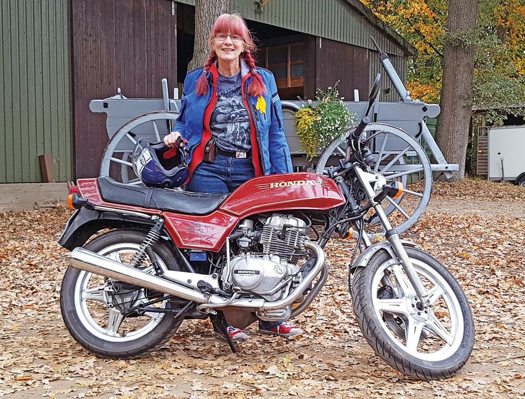 Endlich mit dem eigenen Motorrad Fahren - Honda CB 250 N