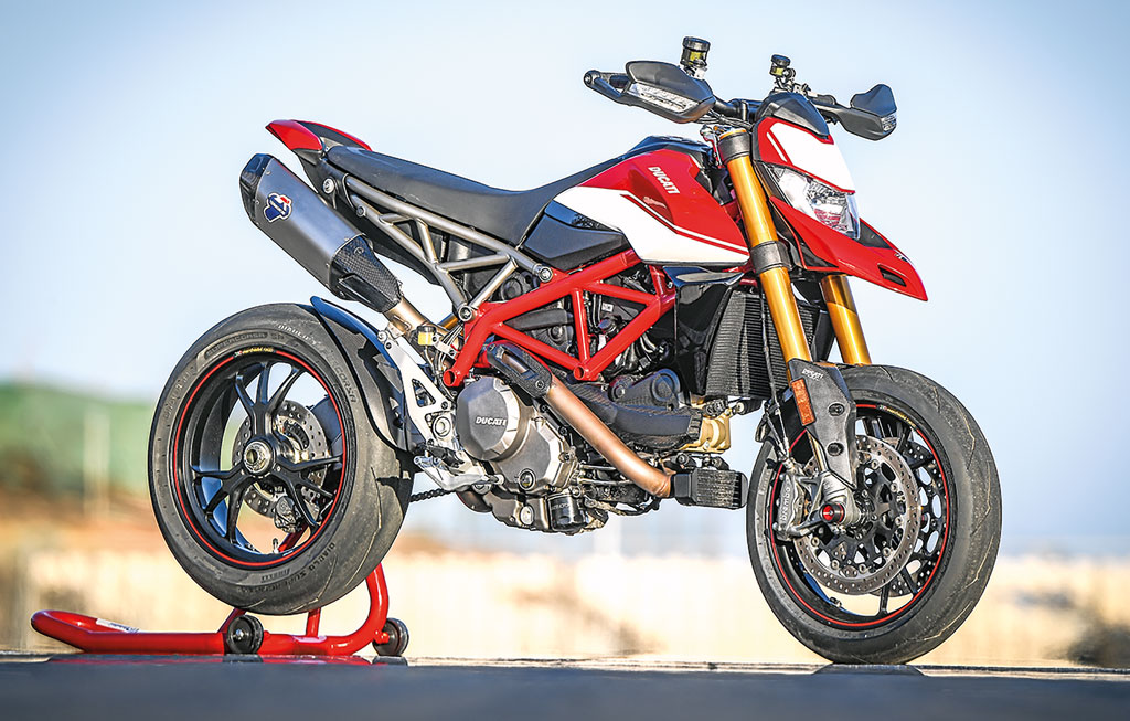 Ducati Hypermotard 950SP - Modell 2019 - rechts