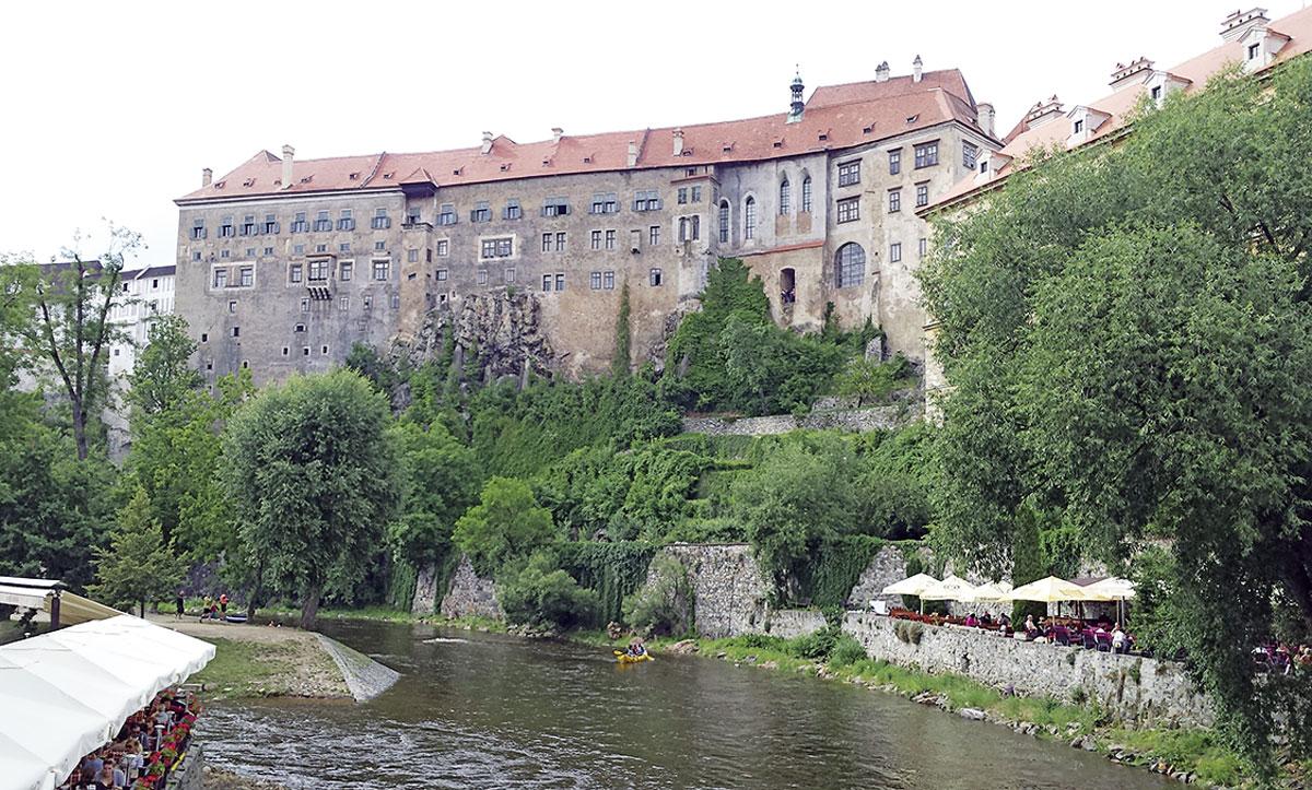 Das imposante Schloss von Krumlov