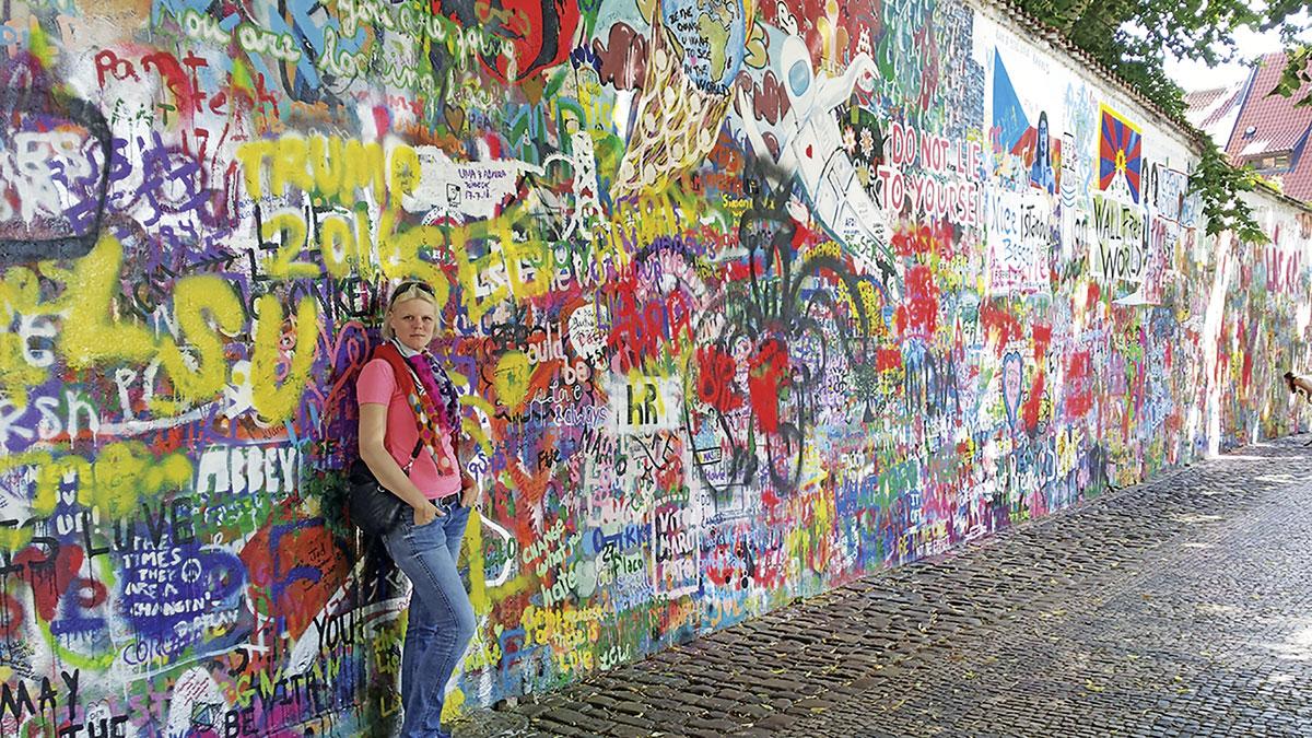 Die John Lennon Gedächtnis Mauer in Prag