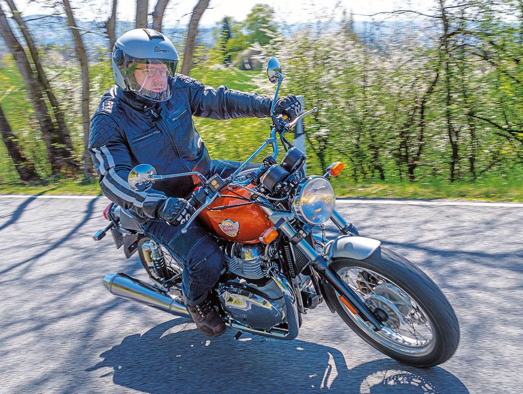 Royal Enfield Interceptor 650 - motorcyclepics