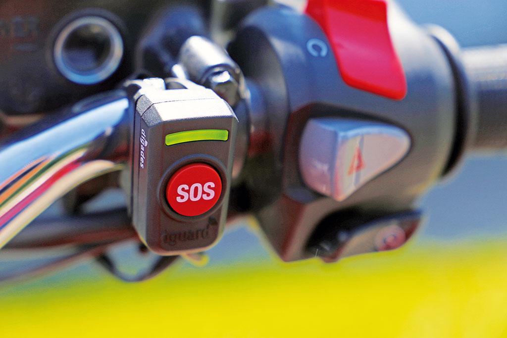 Digades dGuard SOS E-Call-System an Honda CB 1100