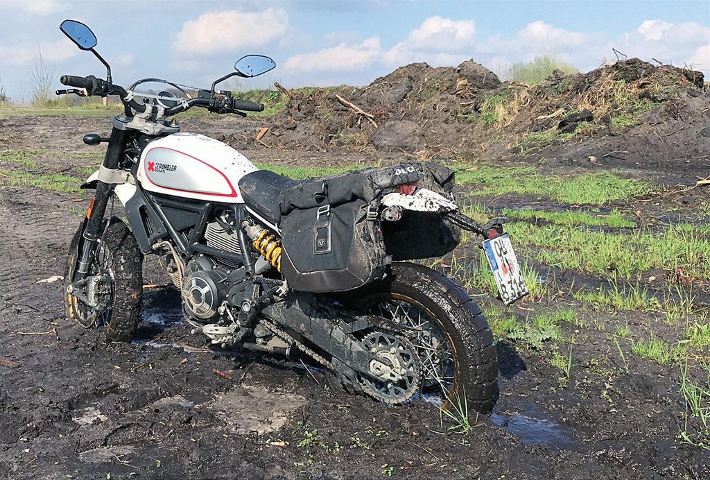 Festgefahren: Ducati Scrambler Desert Sled