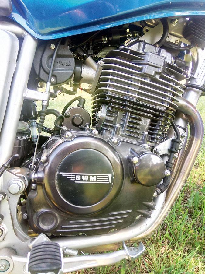 Lizenzbau-Motor der SWM 440 Gran Turismo