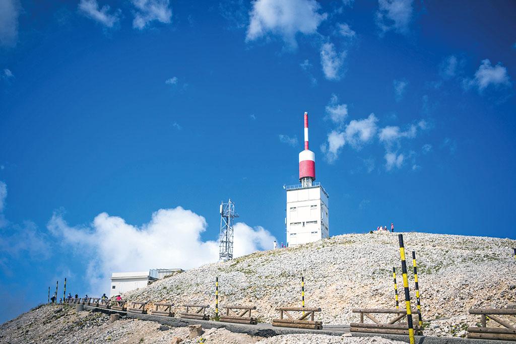 Gipfelstation am Mont Ventoux - Motorrad-Urlaub in der Provence