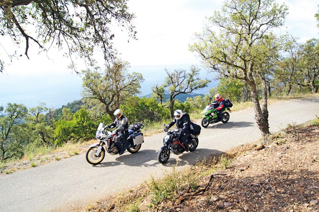 Entlang der Berge - Motorrad-Urlaub in der Provence