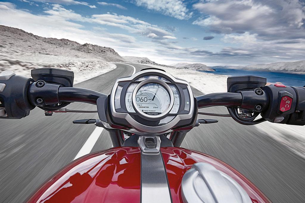 Cockpit Triumph Rocket 3 R / GT Modell 2020