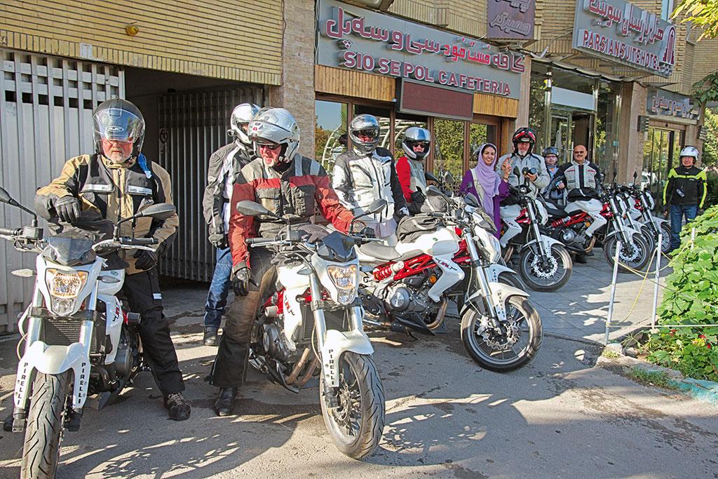 Geführte Motorradtour Iran auf Benelli 250 TNT