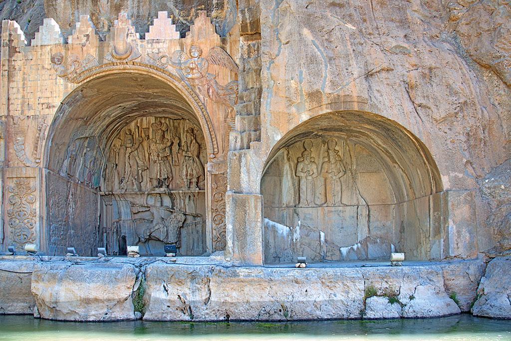 Geführte Motorradtour Iran - Weit über 1000 Jahre alt, Felsenreliefs in Taq-e Bostan