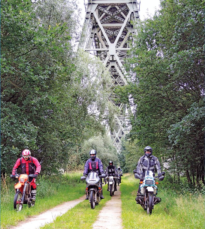 Eisenbahnhochbrücke von Hochdonn: 14.745 Tonnen Stahl