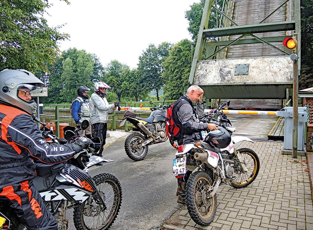 Klappbrücke am Gieselau-Kanal