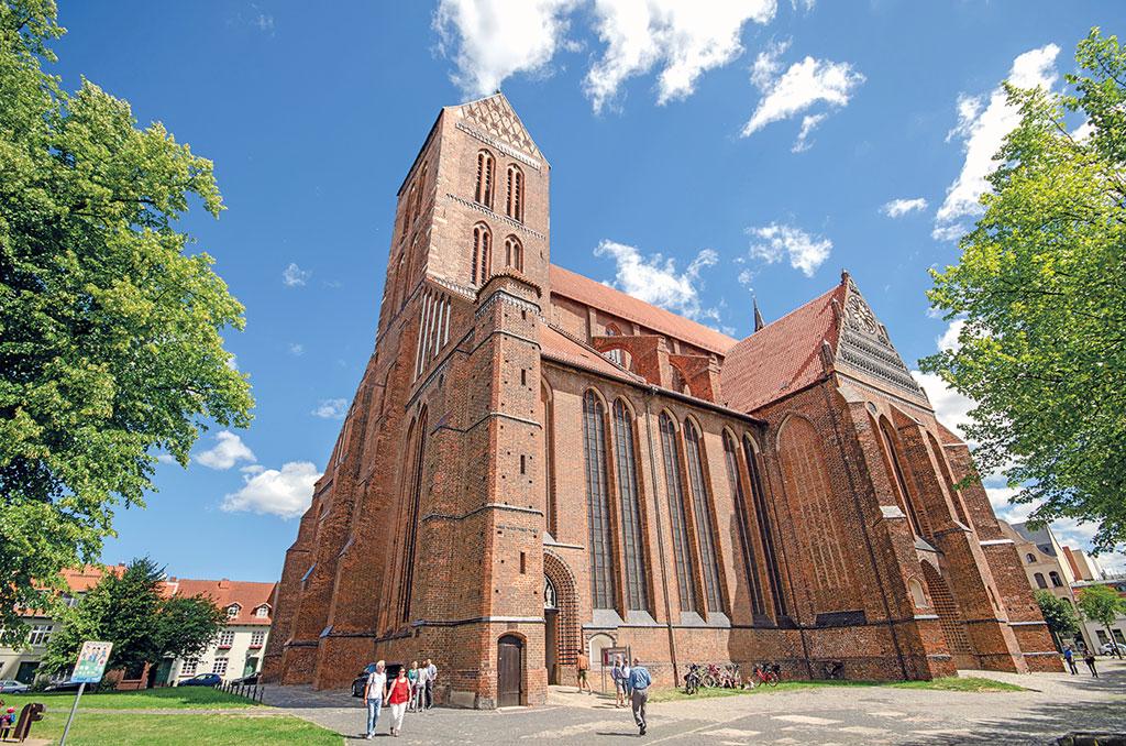 Nikolai-Kirche in Wismar - Motorradtour Mecklenburg-Vorpommern