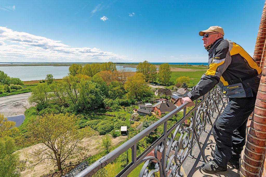 Auf dem Wustrower Kirchturm - Motorradtour Mecklenburg-Vorpommern