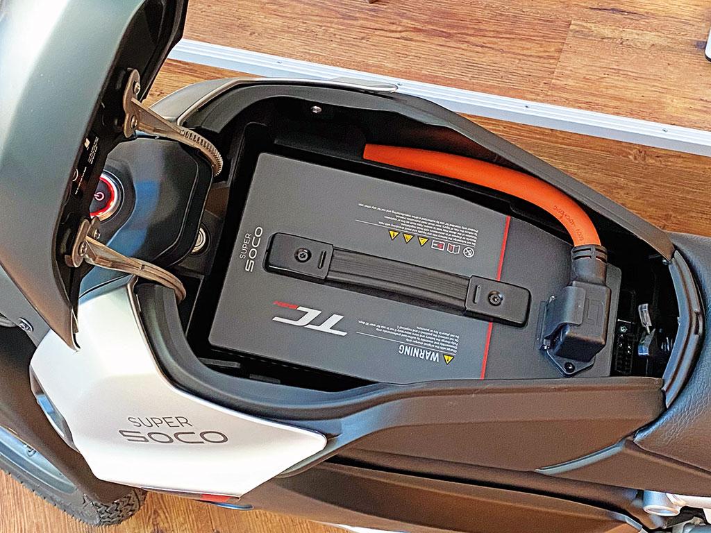 Herausnehmbare Batterie - Super Soco TC Max - Modell 2020