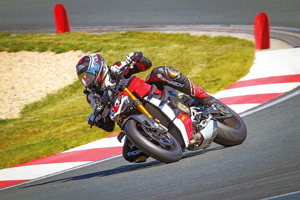 In Oschersleben: Ducati Streetfighter V4 S - Modell 2020