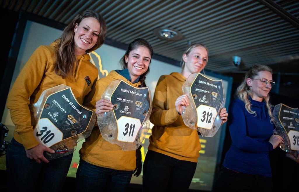 ITF 1 - Larissa, Isabela, Nikki und Claire - BMW GS Trophy 2020 in Neuseeland