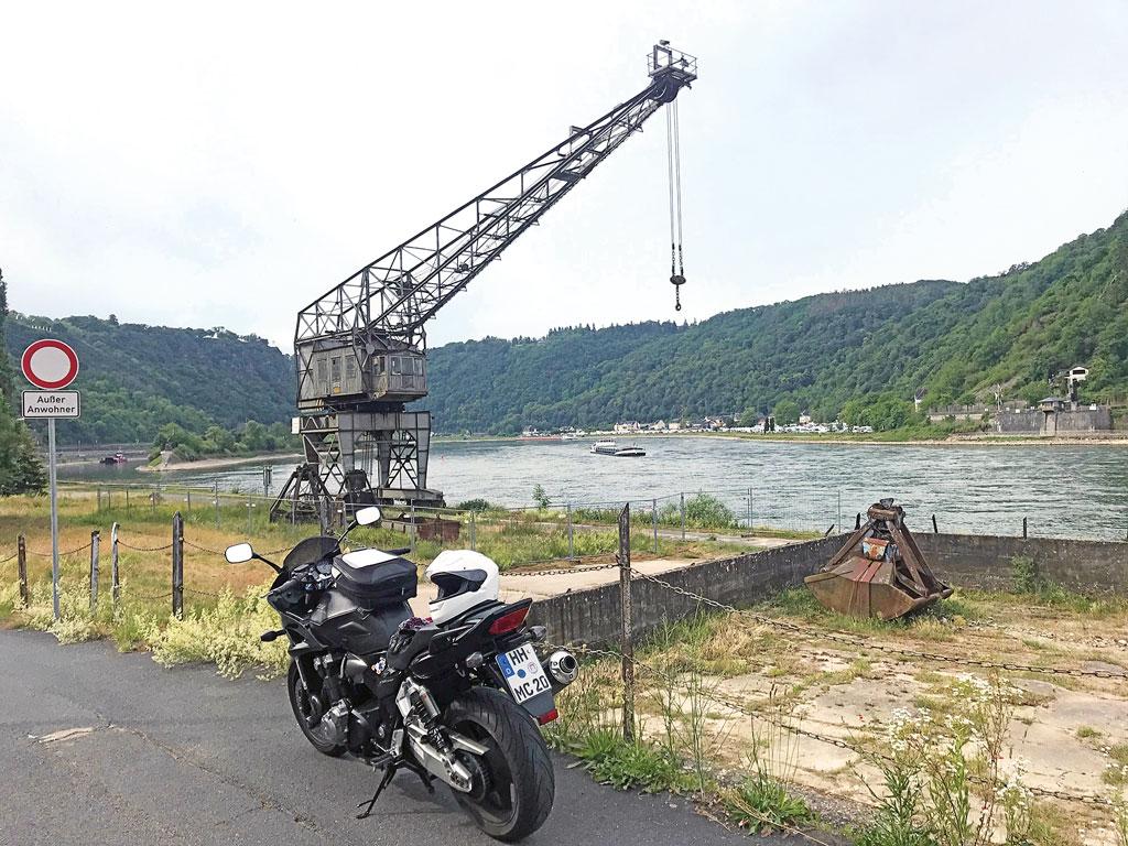 Am Rhein bei St. Goarshausen